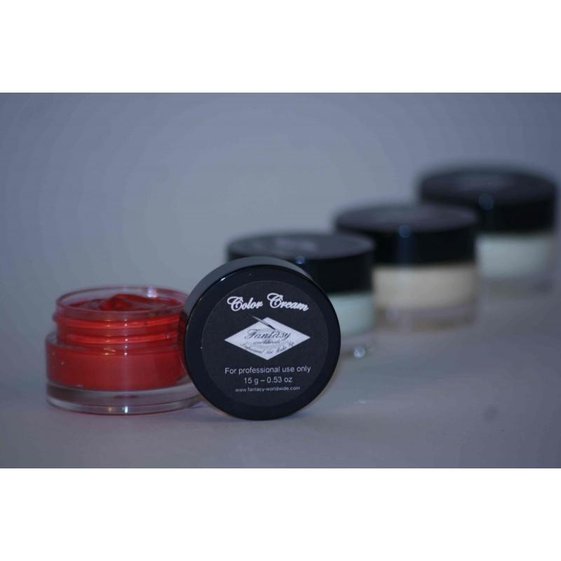 Maquillaje en crema color Rojo