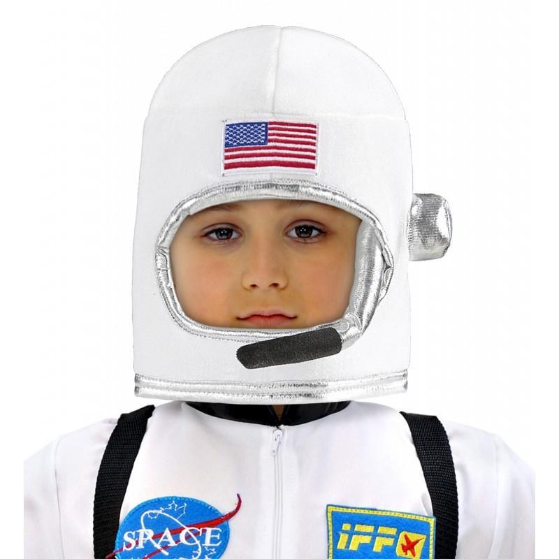 plastic astronaut helmet - 800×800